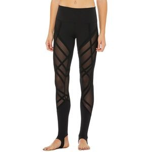 cc866b4d4fe7a ALO Yoga Pants - Alo Yoga high waist wrapped stirrup legging 🌚